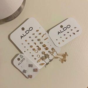 ⚜️52 pairs of ALDO earrings⚜️